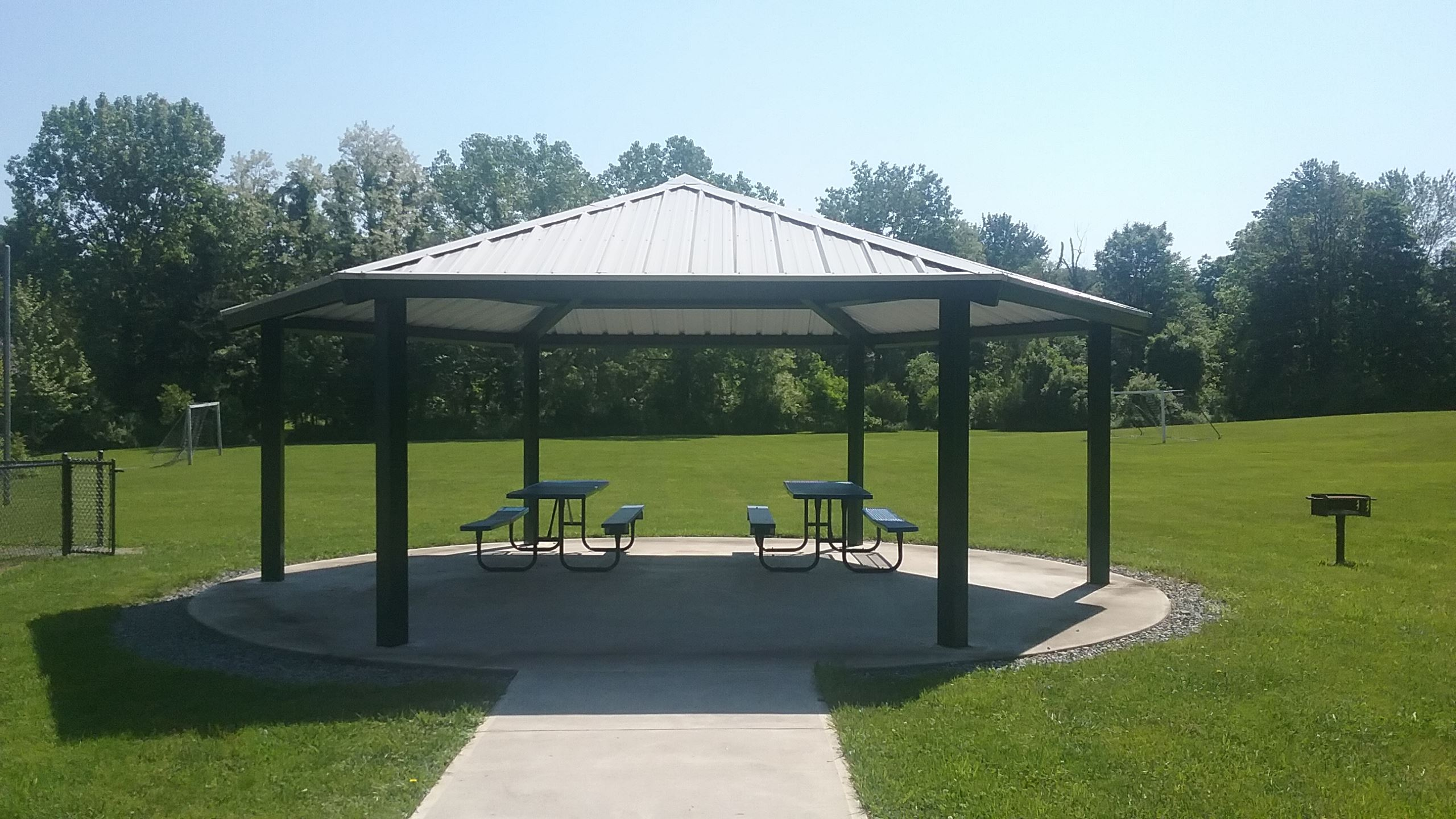Greenfield Park Picnic Tables